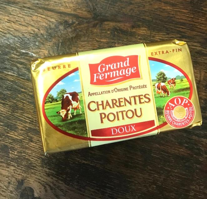 Le beurre AOP Poitou Charente est le beurre à privilégier pour la réalisation des pâtes.